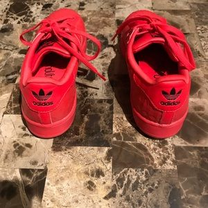 premium selection 7fc6e 33784 adidas Shoes - Red Adidas Superstar Size 5 Women, size 3 kids